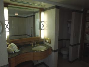 Premium King Room with Ocean View - Non-Smoking - Bally's Tower