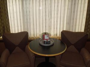 Deluxe Room with Two Double Beds – Non-Smoking