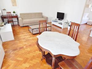 One-Bedroom Apartment (5 Adults) - José Linhares 144