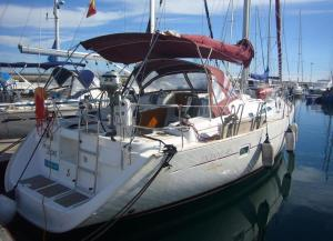 Photo of Boat In Santa Cruz De Tenerife (13 Metres)