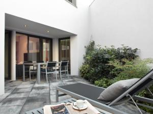 Two-Bedroom Apartment with Private Terrace (6 Adults)