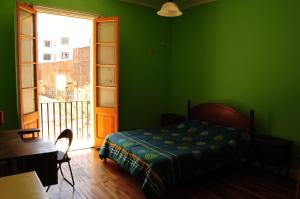 Standard Double Room with Balcony and Shared Bathroom