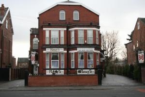 Henry's Bed and Breakfast in Stockport, Greater Manchester, England