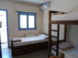Single Bed in 5-Bed Mixed Dormitory Room