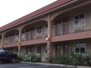 Photo of Industry Inn & Suites