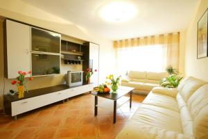 Bucharest City Center Two Bedroom Apartment