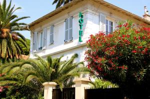 Photo of Hotel Villa Les Cygnes