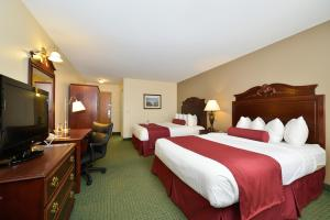 Deluxe Queen Room with Two Queen Beds - Non Smoking