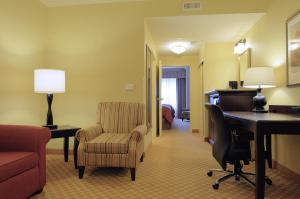 One-Bedroom Suite with Two Queen Beds - Disability Access
