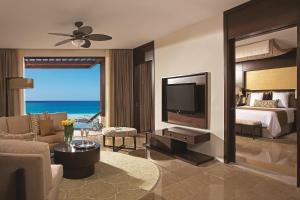 Preferred Club Master Suite with Ocean View