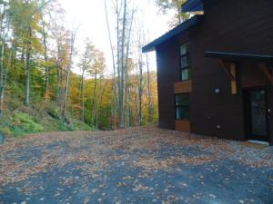 Three-Bedroom Chalet - 75 Chemin des Appalaches