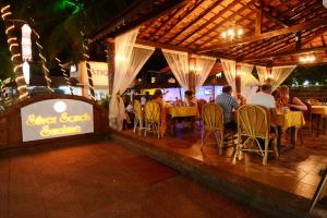 Silver Sands Sunshine - Angaara, Hotels  Candolim - big - 33