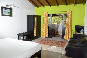 Silver Sands Sunshine - Angaara, Hotels  Candolim - big - 11