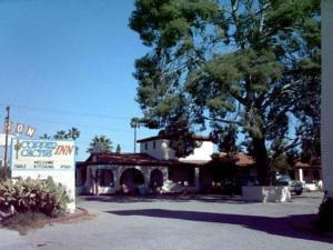 Copper Cactus Inn