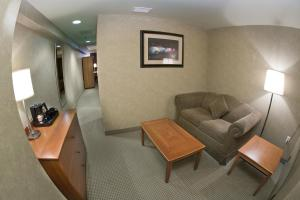 Premier Suite with Two Queen Beds and Falls View