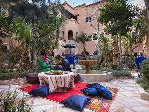 Kasbah Dar Daif, Bed & Breakfasts  Ouarzazate - big - 38
