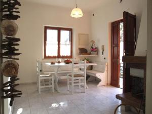 Vacanze Toscane In The Country, Apartments  Sassetta - big - 64