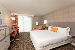 The Garland - 24 of 43