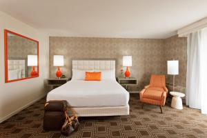 The Garland - 43 of 43