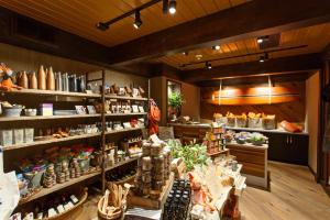 The Garland - 34 of 43