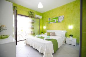 B&B Pepito, Bed and breakfasts  Cefalù - big - 32