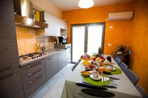 B&B Pepito, Bed and breakfasts  Cefalù - big - 46