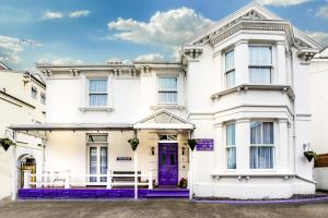 Brunton House Guest House in Clacton-on-Sea, Essex, England