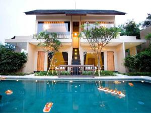 Photo of Villa Cokelat