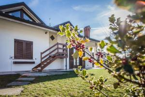 Bed and Breakfast Il Faggio, Apartmanok  Villar San Costanzo - big - 21