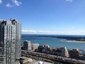 Toronto Vacation Home Rentals - Luxury Penthouse Toronto