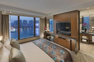 Suite Harbour City
