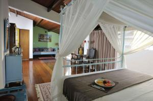 Master Room with Bay View