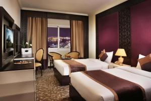 Carlton Tower Hotel, Hotely  Dubaj - big - 2