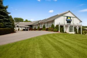 Photo of Days Inn Shelburne