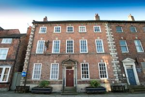 Shann House Hotel in Tadcaster, North Yorkshire, England