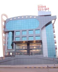 Photo of Hotel Grand Dhillon