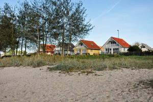 Three-Bedroom Holiday home in Gelting 5