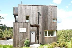 Photo of Four Bedroom Holiday Home In Søndeled 1