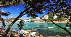 Sirenis Cala Llonga Resort booking