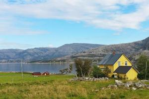Photo of Four Bedroom Holiday Home In Vevelstad