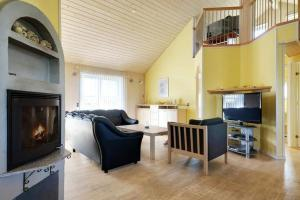 Three-Bedroom Holiday home in Tarm 2, Dovolenkové domy  Hemmet - big - 31