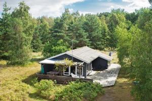 Photo of Two Bedroom Holiday Home In Aakirkeby 5