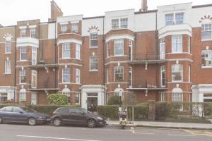 FG Property - Chelsea, Beaufort Mansions in London, Greater London, England
