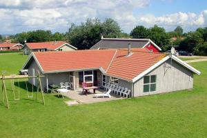 Photo of Five Bedroom Holiday Home In Nordborg 2