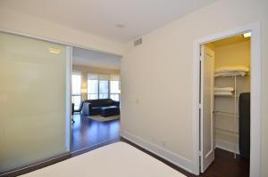 Superior One-Bedroom Apartment
