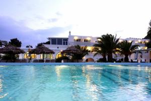 Aphrodite Beach Hotel & Resort