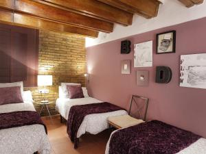 Two-Bedroom Apartment Plaça Catalunya