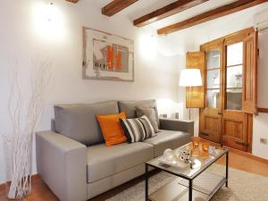 Economy Two-Bedroom Apartment Plaça Catalunya