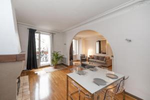Photo of Pick A Flat   Canal Saint Martin / Yves Toudic Apartment
