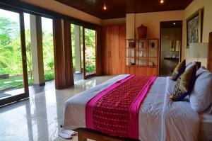 The Kampung Resort Ubud - 5 of 39
